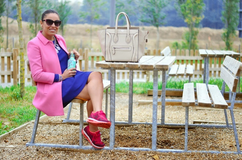 fashion-blogger-celine-bag-nike-air-max-zara-outfit
