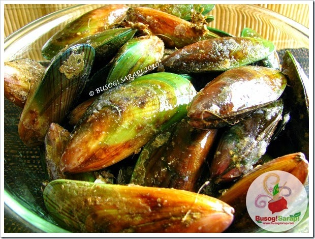 UNCLEANED MUSSELS © BUSOG! SARAP! 2010