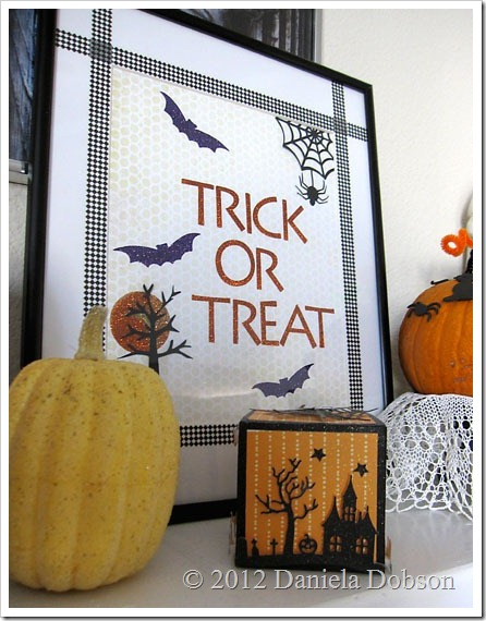 Trick or treat frame Daniela Dobson