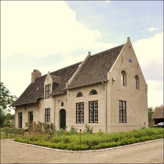 Belgian Architecture : Introducing The 'Begijnhofstijl