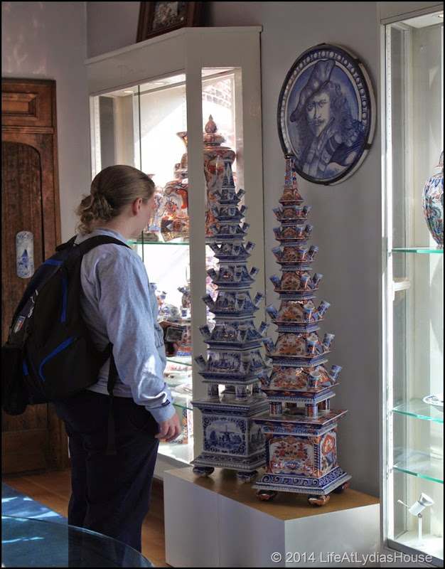Delftware tulipiere 3