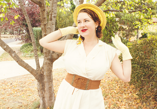 Matching 1950's accessories - hat, gloves, jewelry, belt and shoes | Lavender & Twill