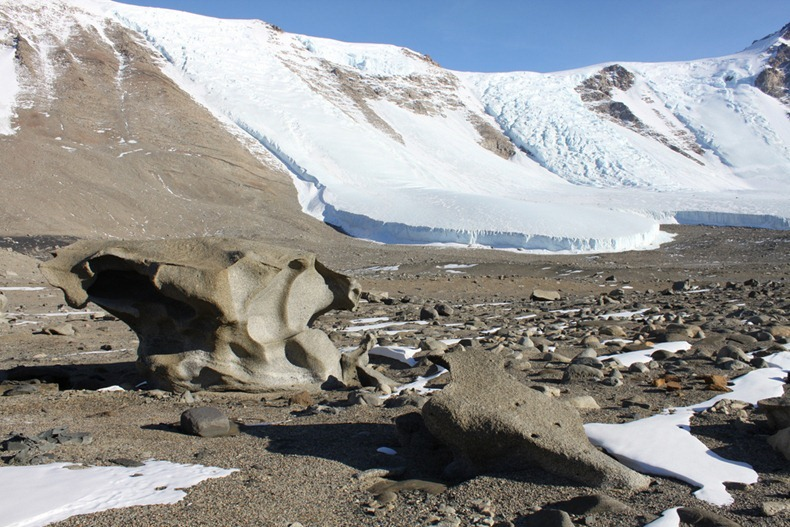 McMurdo-dry-valleys-3