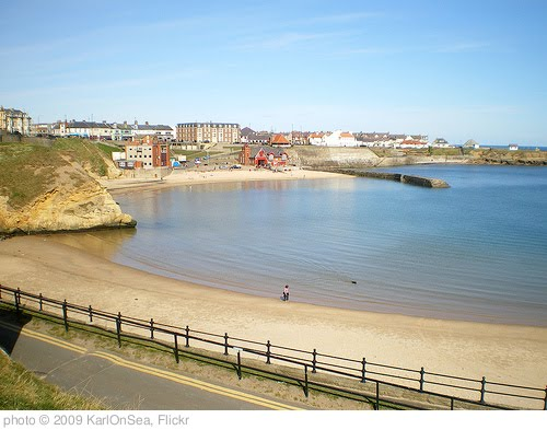 'Cullercoats Harbour' photo (c) 2009, KarlOnSea - license: http://creativecommons.org/licenses/by/2.0/