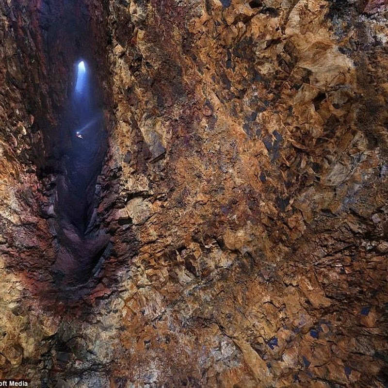 Thrihnukagigur: The Volcano That You Can Explore From Inside