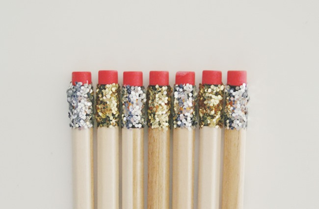 CUTE-OFFICE-ACCESSORIES-MODPODGE-DIY-GLITTER-PENCILS-BRUNCH-AT-SAKS