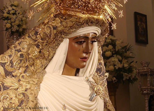 Esperanza de Triana - Sevilla - Besamanos 17-12-2011 (1).jpg