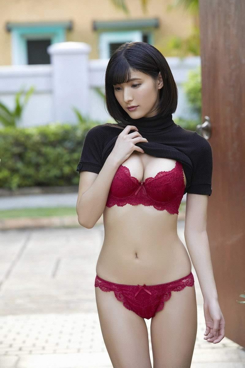 [YS Web] 2018-08-15 Vol.814 Hinano Ayakawa 彩川ひなの 1st week