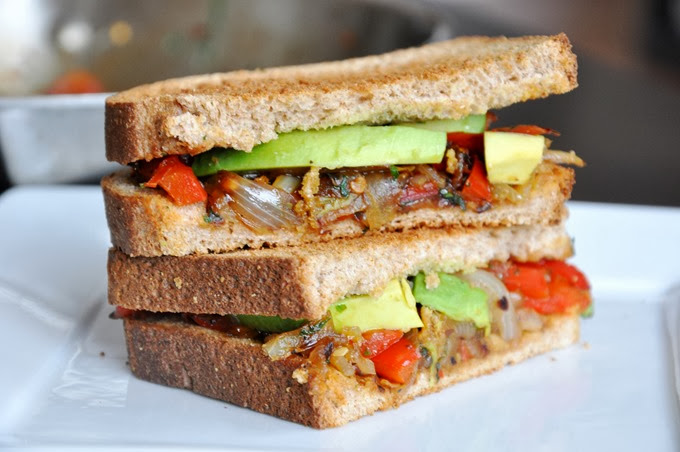 avocado   caramelized red pepper & onion sandwich 101