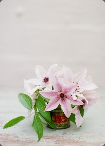 OakandtheOwl_FloralsinVintageTinCans (6)