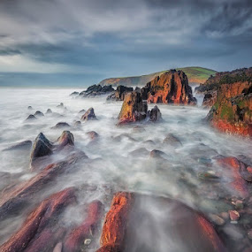 Red rocks by Grzegorz Kaczmarek - Landscapes Waterscapes ( water, sky, greg77, dingle, ireland, greg77.net, ocean, long exposure, atlantic )
