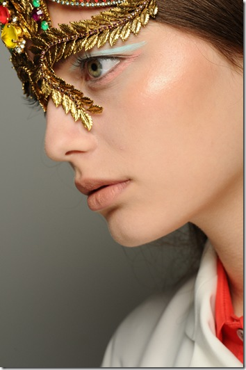 nars-creatures-of-the-wind-runwayshow-model 1-09122011
