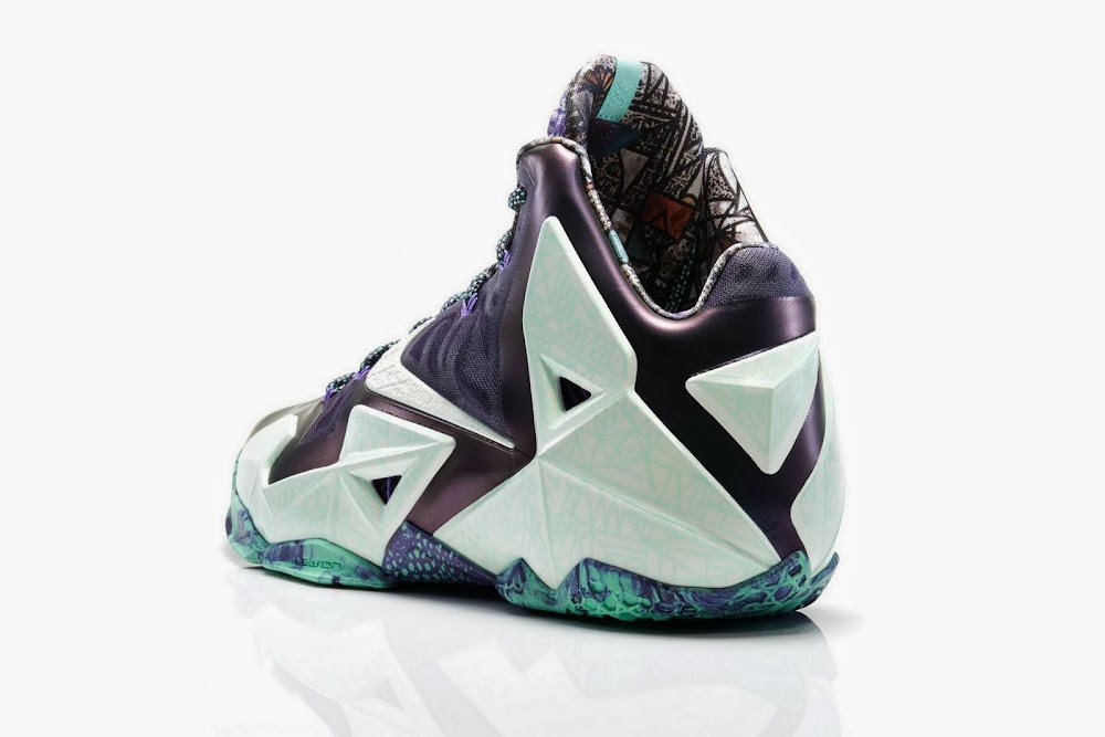 Lebron 11 Shoes Christmas NIKE LEBRON – LeBron...