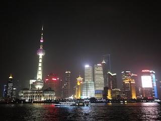 Pudong by night à Shanghai