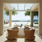 casa-de-lujo-casa-en-la-playa-decoracion-muebles-madera