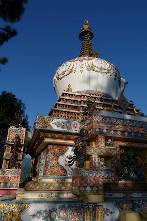 Imagini Kathmandu: chorten in Kopan