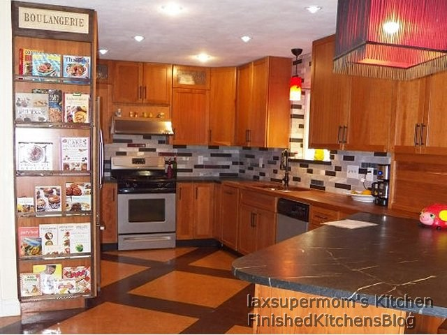 Finished Kitchens Blog: laxsupermom's Kitchen on solid surface countertops, quartz countertops, black countertops, marble countertops, agate countertops, corian countertops, granite countertops, copper countertops, metal countertops, stone countertops, silestone countertops, hanstone countertops, bamboo countertops, slate countertops, paperstone countertops, kitchen countertops, obsidian countertops, gray limestone countertops, butcher block countertops, concrete countertops,