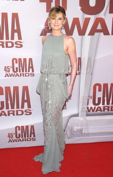 Jennifer Nettles 45th Annual CMA Awards Arrivals