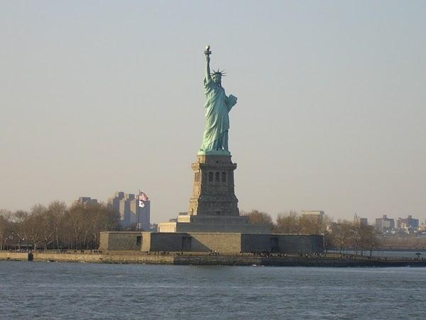 Obiective turistice SUA: Statuia Libertatii, New York