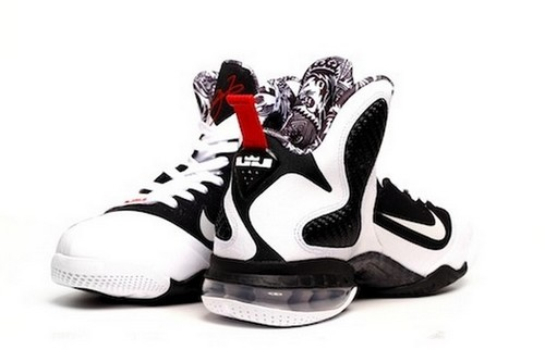 the latest e0722 24dd0 Upcoming Nike LeBron 9 8220Freegums8221 Arriving at Retailers ...