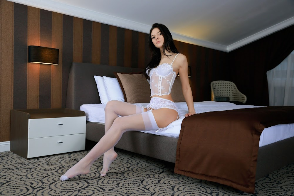 [Metart] Aleksandrina - Bridal Lace