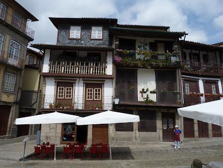 Obiective turistice Guimaraes: casa stramba