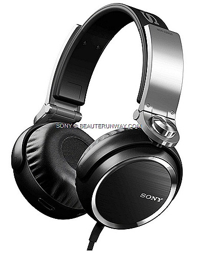 Sony Extra Bass new headphones series XB200  XB400  XB600 XB900 in ear phone model XB30EX  XB60EX XB90EX superior sound quality powerful bass music lovers aural journey powerful bass notes ultimate audio experience