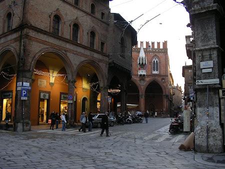 Strazile din Bologna
