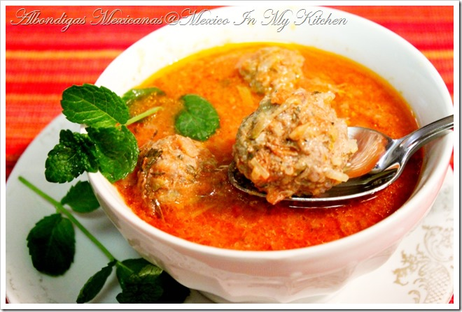 Meatball Soup Recipe / Receta de Sopa de Albóndigas | Authentic Mexican Recipe by Mexico in my kitchen