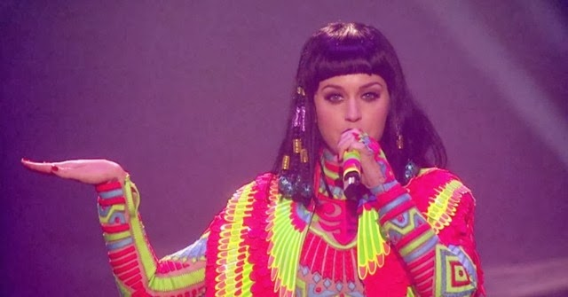 KATY-PERRY-DARK-HORSE-BRITS-AWARDS-2014