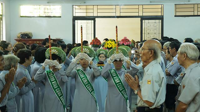 DSC06362 Lễ Hiệp kỵ   Lễ Huý Nhật Cư sĩ Sáng lập viên GĐPT Việt Nam   Tâm Minh Lê Đình Thám