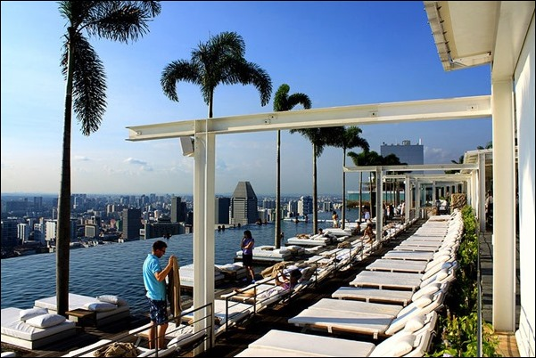 marina-bay-sands-sky-pool-2