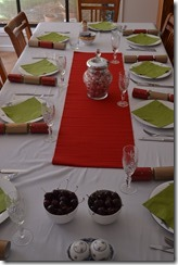 Table set for Christmas lunch