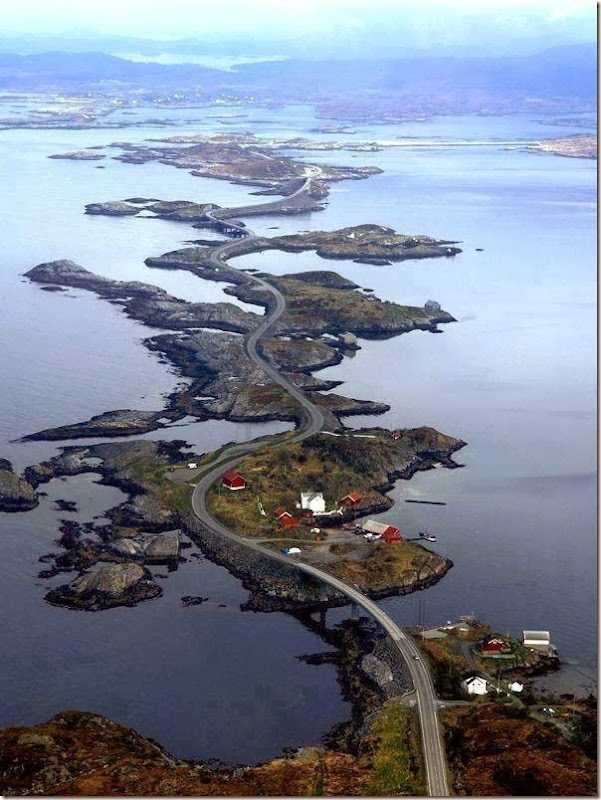 Atlantic-Ocean-Road-in-Norway[6]