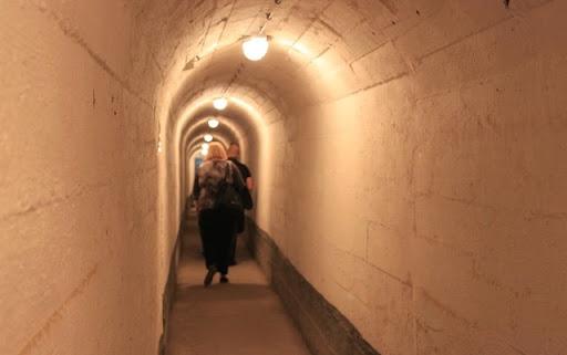 Belgrad underground 1.jpg