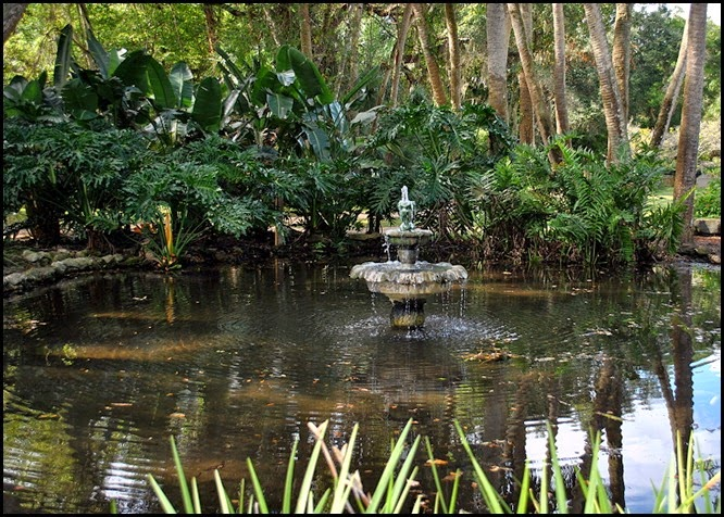 04g - Pond and Fountain