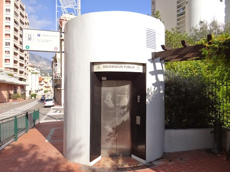 05. Ascensor public Monaco.JPG