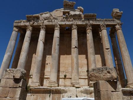Imagini Liban: templul lui Astarte Baalbek
