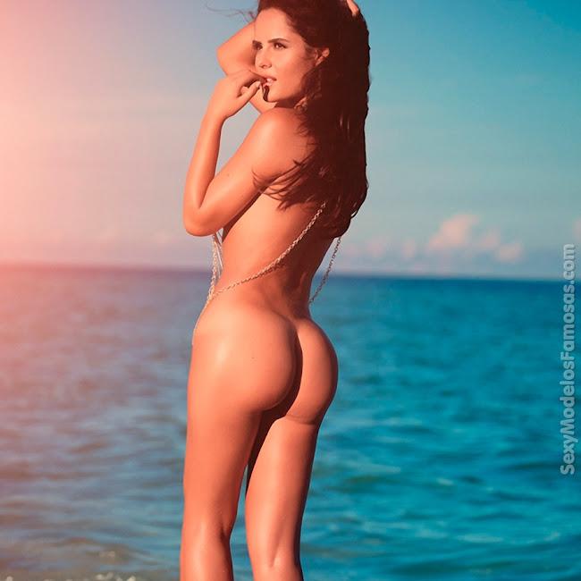 Ana Lucia Dominguez Desnuda SoHo Foto 26