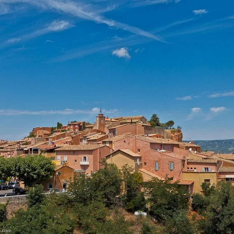 The Ochre-Red Village of Rousillon, France