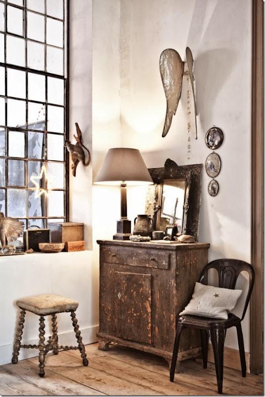 Casa a bruxelles toni neutri e mobili di recupero case for Casa di mobili