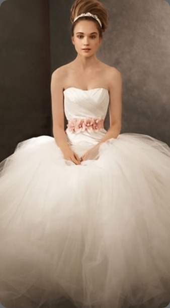 wedding dress VW351007-vera-wang-white-wedding-dress