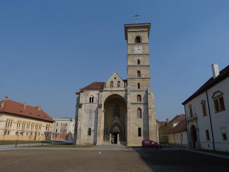 Obiective turistice Romania: catedrala catolica Alba Iulia