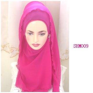 shawl halfmoon plain shocking pink
