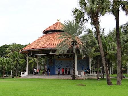 Gratis Bangkok: Parcul Lumbini