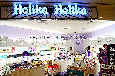 Holika Holika Singapore Wisma Orchard  Korean makeup