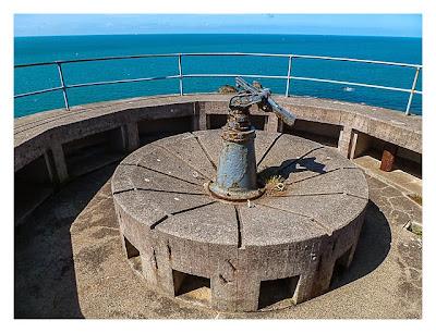 Jersey - MKB Lothringen - Reste einer Flak