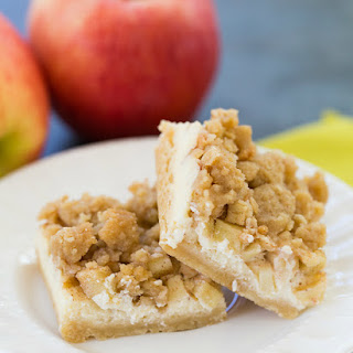Apple Cheesecake Crumb Bars