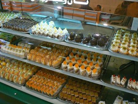 04. Dulciuri Iran.JPG