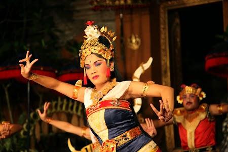 17. Legong Bali.JPG